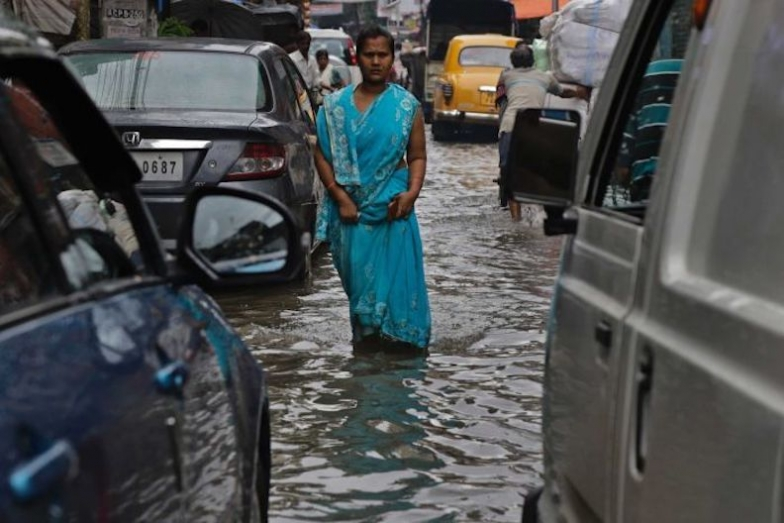 India Floods Kill 537 People